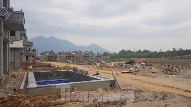 Bên trong dự án Vườn Vua hơn 1.400 tỷ vướng hàng loạt sai phạm ở Phú Thọ - Ảnh 13.