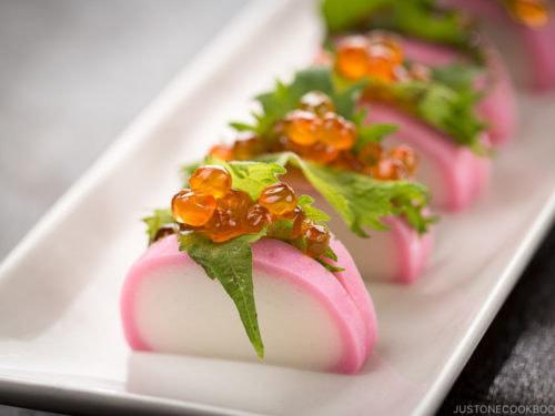 Sau bánh mì thanh long, bún dưa hấu, nay có thêm chả cá thanh long: Chất lượng tương đương chả cá kamaboko Nhật Bản, nhưng giá rẻ bằng 1/10 - Ảnh 2.