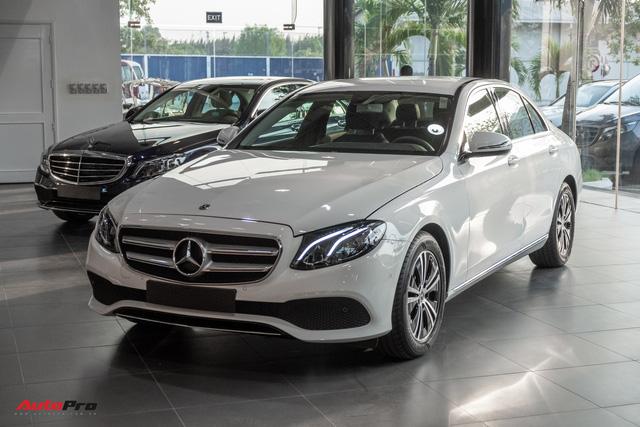5 mẫu xe cho thấy mốt xe sang châu Âu 'giá rẻ' nhưng vẫn chảnh tại Việt Nam: Cắt trang bị, giảm giá trăm triệu, vợt khách của xe phổ thông - Ảnh 2.