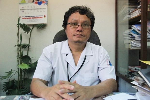 BS Trương Hữu Khanh: Có nên mở dịch vụ xét nghiệm Covid-19 cho người cách ly tại nhà? - Ảnh 2.