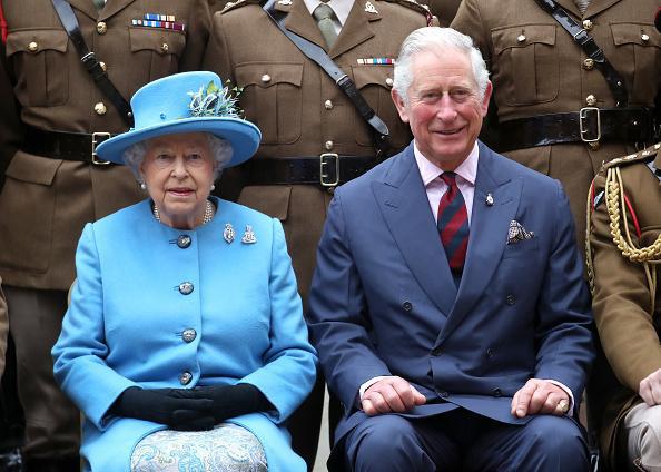 Hoàng gia Anh xác nhận Thái tử Charles dương tính với Covid-19, chưa rõ tình hình sức khỏe của Nữ hoàng và các thành viên khác - Ảnh 1.