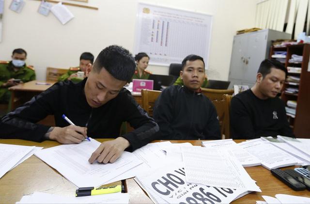 Nhóm thanh niên Hải Phòng cho vay lãi nặng 208%/tháng - Ảnh 2.