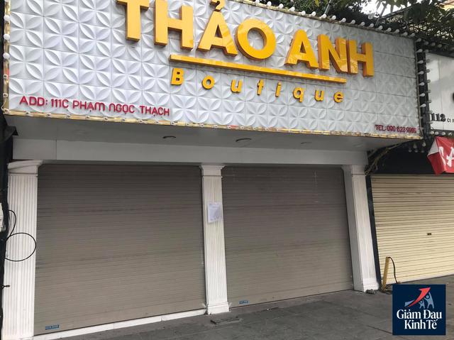 Hà Nội: Phố thời trang không một bóng người, loạt cửa hàng đóng cửa, trả mặt bằng - Ảnh 7.