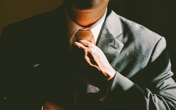 Đàn ông hội tụ đủ 4 đặc điểm này nhất định là kim cương, sớm làm nên sự nghiệp khiến gia đình tự hào, che chở cho vợ con cả đời - Ảnh 1.