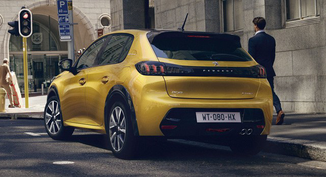 Xe bị khai tử ở Việt Nam Peugeot 208 trở thành xe của năm tại châu Âu, đánh bật Porsche Taycan - Ảnh 3.