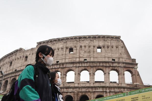"""Các địa điểm du lịch nổi tiếng trên thế giới vắng vẻ khách vì dịch virus Corona, có nơi còn như """"thị trấn ma"""" dù là giữa ban ngày - Ảnh 9."""