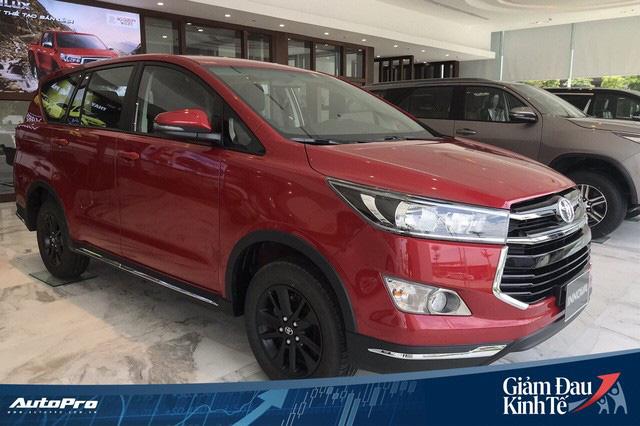 Sau khi đóng cửa đại lý, Toyota Việt Nam dừng sản xuất xe vì COVID-19 - Ảnh 1.