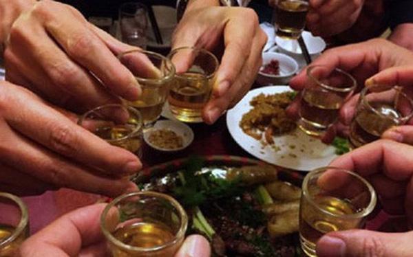 Muốn sống thọ hãy ghi nhớ 4 không trong khi ăn uống - Ảnh 2.
