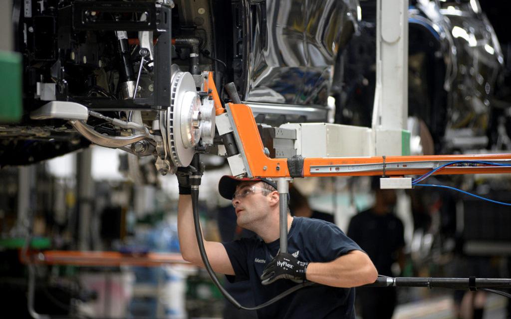 """Covid-19 lân lan khắp đất nước, đà tăng trưởng dài nhất lịch sử của kinh tế Mỹ đang """"sụt sùi"""""""