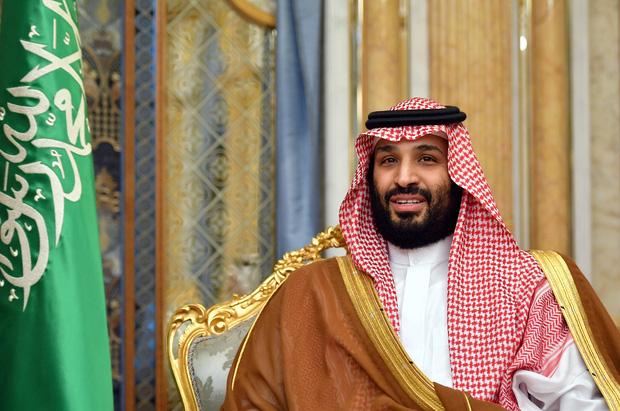 New York Times: Hoàng gia Arab Saudi hỗn loạn vì Covid-19 với 150 thành viên nhiễm bệnh, Quốc vương lẫn Thái tử đều tự cách ly - Ảnh 2.