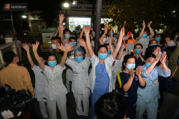 Giám đốc Bệnh viện Bạch Mai: Chúng tôi đã đơn phương chấm dứt hợp đồng với công ty Trường Sinh - Ảnh 1.