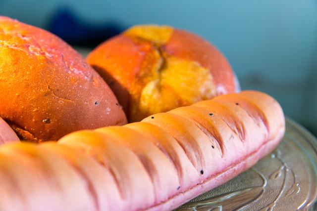 """Bánh mì Việt Nam, hành trình từ ổ bánh """"thượng lưu"""" cho đến món ăn đường phố làm kinh ngạc cả thế giới - Ảnh 33."""