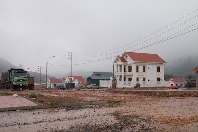 Một năm sau cơn sốt, giá đất Vân Đồn giảm sâu có nơi 35% - Ảnh 2.