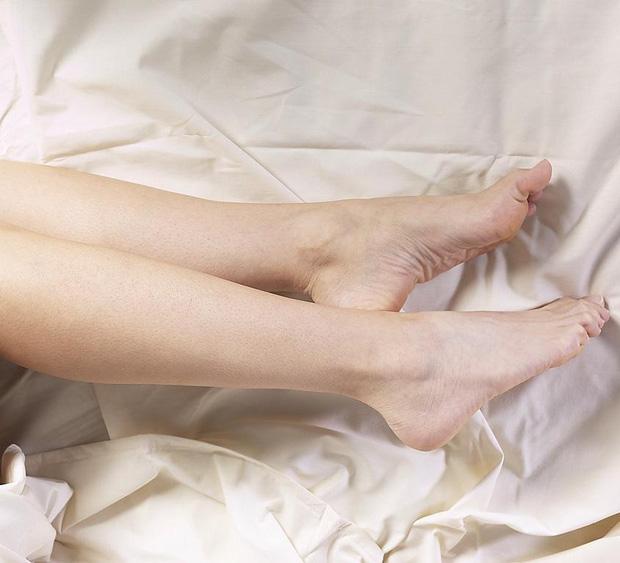 Tự kiểm tra sức khỏe mạch máu tại nhà theo cách đơn giản chỉ với ngón tay và 3 bước thực hiện - Ảnh 3.