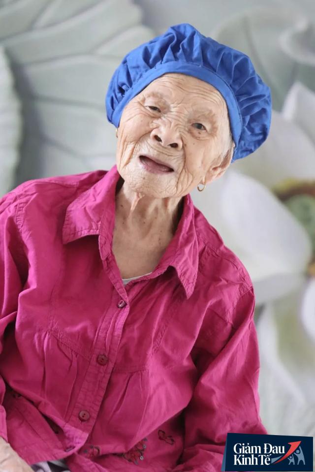 Cụ bà 107 tuổi, chưa bao giờ phải tiêm hay nằm viện, bí quyết dưỡng sinh đơn giản tới mức ai cũng làm được - Ảnh 2.