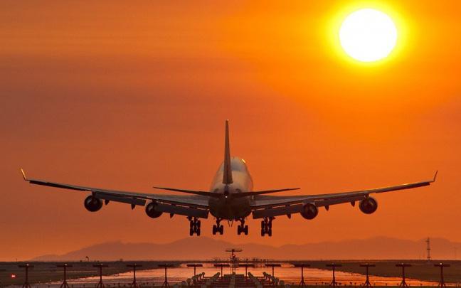 Thủ tướng: Xem xét chặt chẽ việc lập thêm các hãng hàng không mới