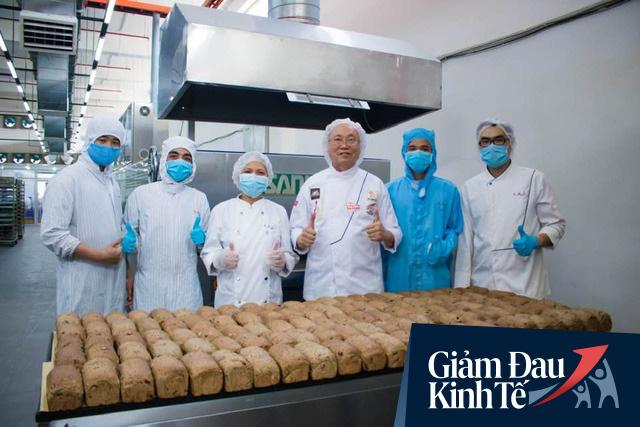 """Không riêng """"vua bánh mì"""" Kao Siêu Lực, nhiều doanh nghiệp F&B như Sơn Kim, Sai Gon Food đang tặng nhiều thực phẩm ngon đến các y bác sỹ tuyến đầu chống Covid-19 - Ảnh 1."""