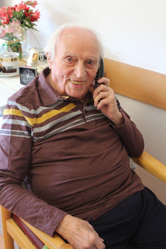 Tôi không sợ chết: Người cao tuổi ở Đức nói về cuộc chiến không bom đạn của nhân loại và đại dịch COVID-19 - Ảnh 5.