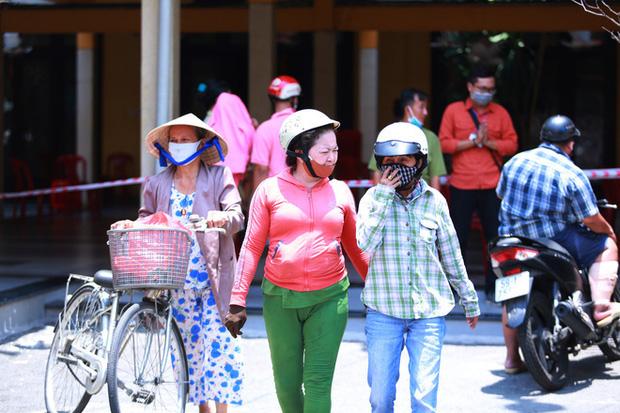 Cảm ơn chia sẻ của người dân Việt Nam dành cho người nghèo chúng tôi - Ảnh 5.