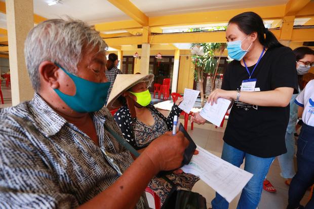 Cảm ơn chia sẻ của người dân Việt Nam dành cho người nghèo chúng tôi - Ảnh 8.