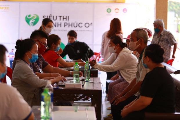 Cảm ơn chia sẻ của người dân Việt Nam dành cho người nghèo chúng tôi - Ảnh 10.
