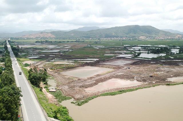 Một phần khu công nghiệp hơn 700 ha tại Quảng Ninh dự kiến được khai thác năm nay - Ảnh 1.