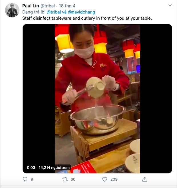 """Đi ăn nhưng vẫn không quên phòng dịch: Quán xá khắp châu Á tung ra một loạt """"chiêu thức"""" khó đỡ, hạn chế cho khách tiếp xúc với nhau - Ảnh 21."""