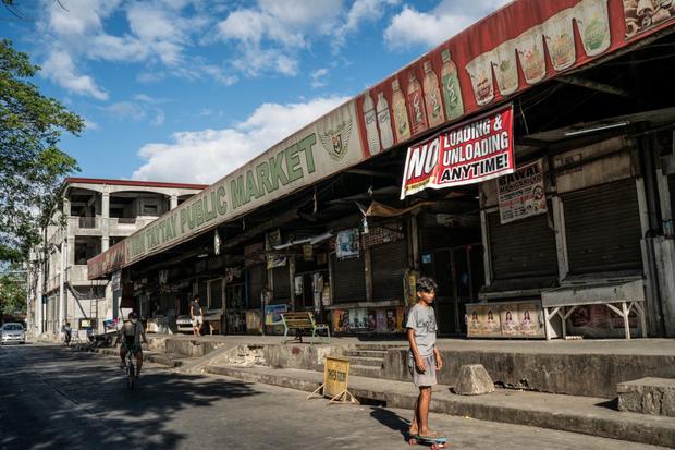 Bạn có thể tránh dịch, nhưng sao thoát được cơn đói?: Chuyện tồn tại của người nghèo châu Á giữa những thành phố bị phong tỏa vì Covid-19 - Ảnh 14.
