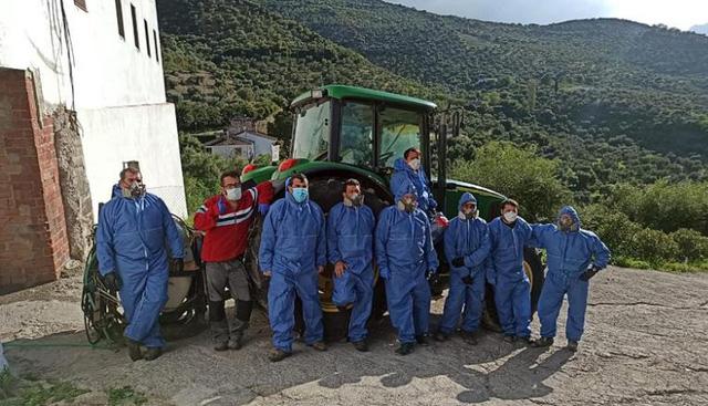 Thị trấn Tây Ban Nha chưa ai mắc Covid-19 dù cả nước có hơn 135.000 ca nhiễm: Tự phòng dịch bằng cách ly xã hội, trích quỹ để trả tiền thuế, điện nước cứu doanh nghiệp địa phương - Ảnh 4.