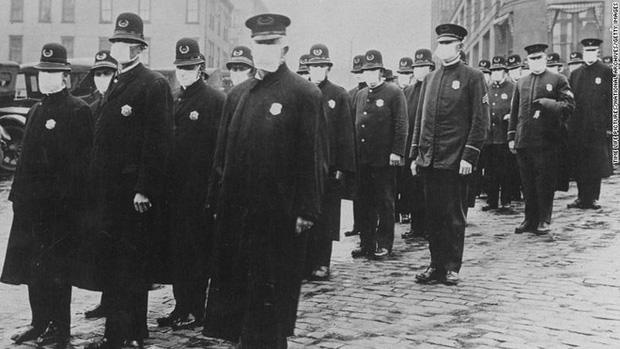 Hơn 100 năm trước, Mỹ từng là nước tiên phong về việc đeo khẩu trang chống dịch: Điều gì đã thay đổi? - Ảnh 5.
