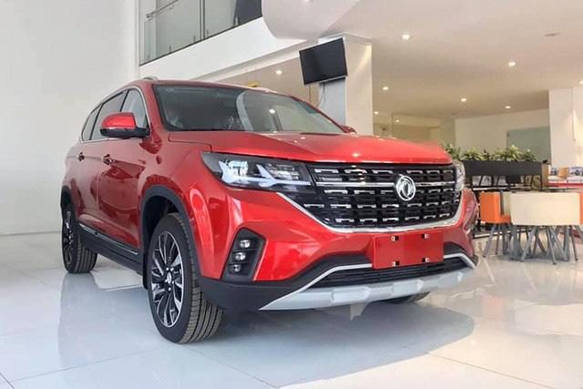 Xe Trung Quốc đua giảm giá, nâng trang bị tại Việt Nam hậu ra mắt Brilliance V7 - Ảnh 4.
