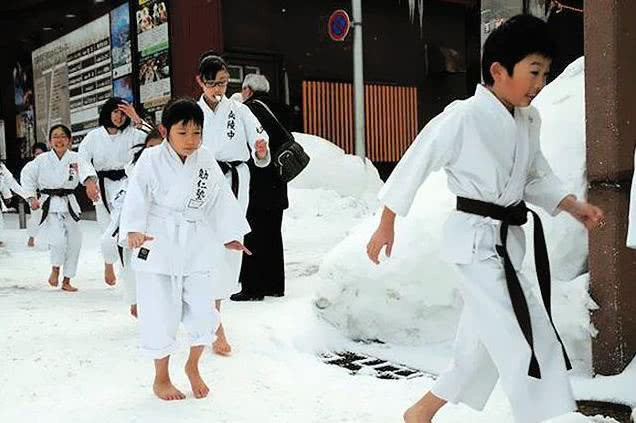 Nhật Bản đã giáo dục trẻ em khác biệt như thế nào ngay từ khi còn học mẫu giáo? - Ảnh 2.