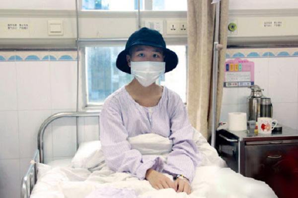 Ba chị em ruột đều lần lượt mắc ung thư vòm họng, quan sát bữa cơm người nhà mang đến bác sĩ liền hiểu ngay nguyên nhân - Ảnh 1.