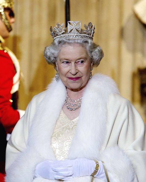 Dấu hiệu cho thấy hoàng gia Anh sắp có sự thay đổi lớn, điều mà Nữ hoàng chưa bao giờ từng nghĩ đến - Ảnh 2.