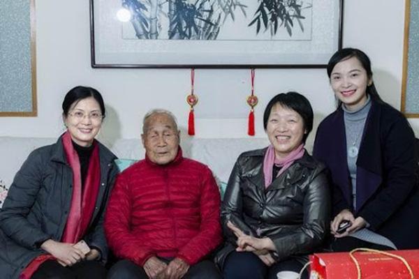 Bác sĩ 107 tuổi vẫn sống khỏe mạnh, dẻo dai như thanh niên nhờ 4 nguyên tắc đơn giản và 1 món ăn rẻ tiền kết hợp từ 5 loại đậu - Ảnh 4.
