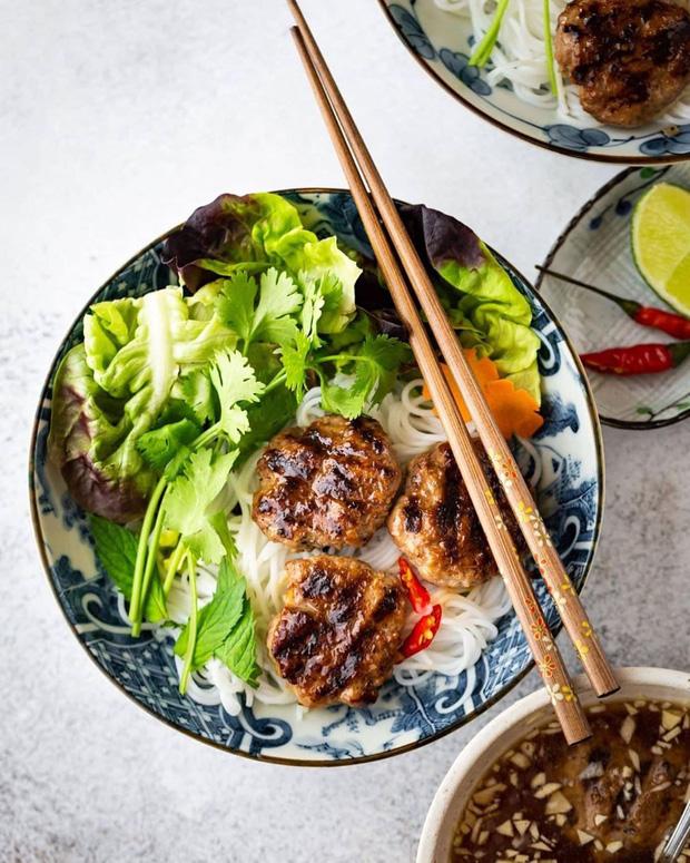 """Báo Pháp gọi Hà Nội là """"ngôi đền của những món ăn đường phố"""" - Ảnh 3."""