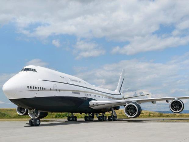 Chỉ dành để phục vụ… Tổng thống các nước, cảnh bên trong chuyến bay tư nhân đắt giá nhất hành tinh này chắc chắn sẽ khiến bạn choáng ngợp - Ảnh 1.