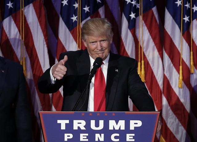 'Biến số' Covid-19 trong cuộc đua vào Nhà Trắng giữa Trump và Biden - Ảnh 1.