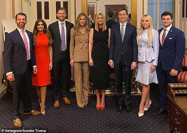 Cuộc sống hoàn toàn khác biệt với anh chị em của Tiffany Trump, người con gái bị ví là góc lãng quên của Tổng thống Mỹ - Ảnh 5.