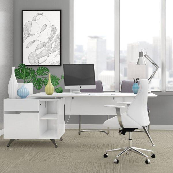 Những chiếc bàn làm việc màu trắng làm sáng không gian - Ảnh 9.