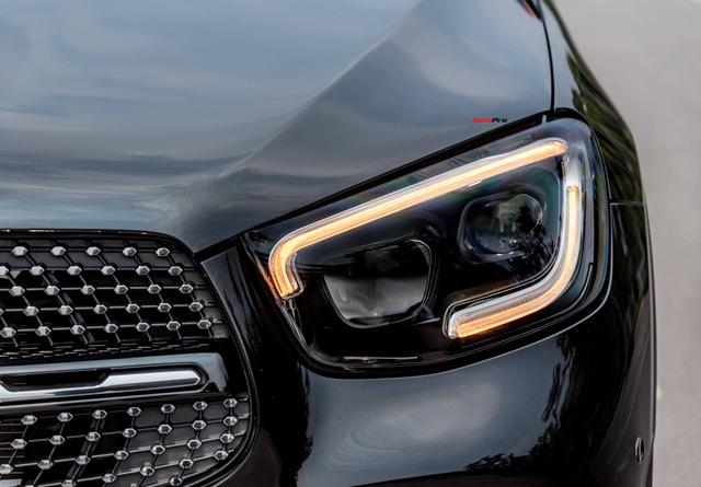 Sau 8.000 km, hàng hiếm Mercedes-Benz GLC 300 AMG nhập khẩu bán lại rẻ hơn tiền ra biển xe lắp ráp - Ảnh 2.