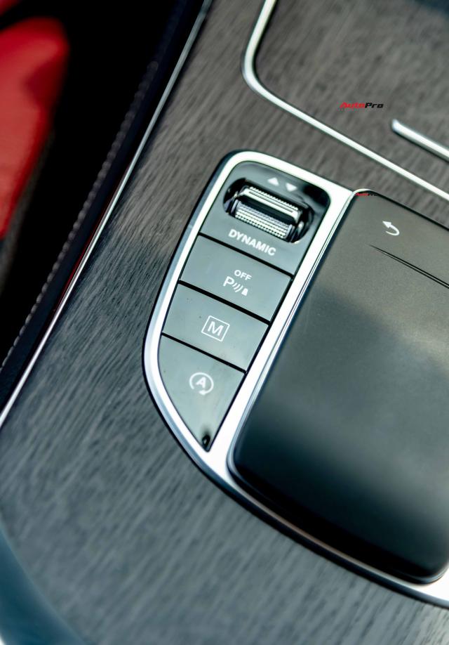 Sau 8.000 km, hàng hiếm Mercedes-Benz GLC 300 AMG nhập khẩu bán lại rẻ hơn tiền ra biển xe lắp ráp - Ảnh 14.