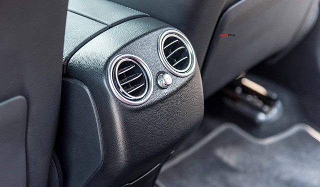 Sau 8.000 km, hàng hiếm Mercedes-Benz GLC 300 AMG nhập khẩu bán lại rẻ hơn tiền ra biển xe lắp ráp - Ảnh 17.