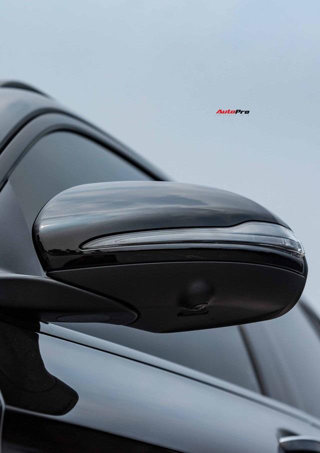 Sau 8.000 km, hàng hiếm Mercedes-Benz GLC 300 AMG nhập khẩu bán lại rẻ hơn tiền ra biển xe lắp ráp - Ảnh 3.