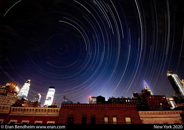 2 bức ảnh cho thấy Covid-19 đã dọn sạch bầu trời thành phố New York như thế nào - Ảnh 3.