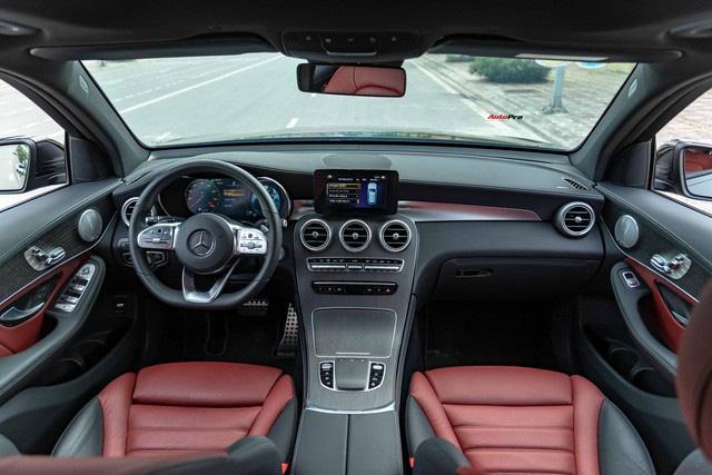 Sau 8.000 km, hàng hiếm Mercedes-Benz GLC 300 AMG nhập khẩu bán lại rẻ hơn tiền ra biển xe lắp ráp - Ảnh 9.