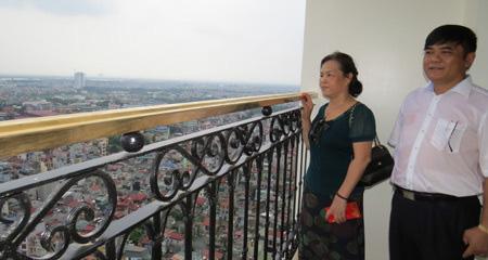 Lộ diện đại gia BĐS có thú chơi ngông dát vàng nhiều cao ốc trải dài từ Hà Nội đến Đà Nẵng - Ảnh 3.