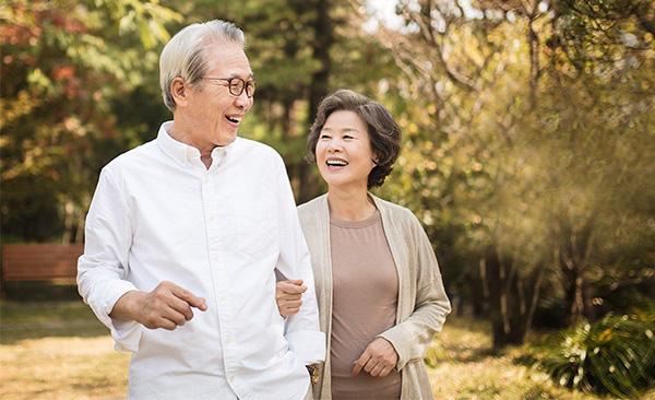 Người càng về già ngoài vận động dưỡng sinh, càng cần vận động dưỡng não nhiều hơn: Trí tuệ càng tốt, sức khỏe càng trường thọ - Ảnh 1.