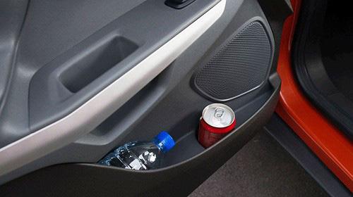 Những vật dụng tuyệt đối không để trong ô tô những ngày nắng nóng, tránh tiền mất tật mang  - Ảnh 5.