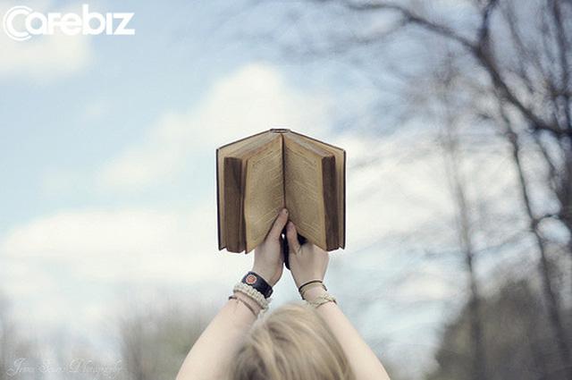 Đừng tin mấy lời khuyên nhảy việc, thật ra AN TOÀN trong nghề nghiệp mới là thứ quan trọng nhất: Kẻ thức thời và sáng tạo là kẻ sống dai hơn!  - Ảnh 2.